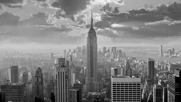 The Empire State building and the Manhattan skyline, New York