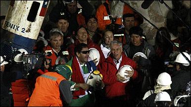 33 mineros chilenos estarán presentes en la gala de