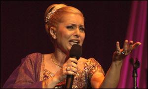 کنسرت گوگوش در تفلیس BBC Persian