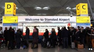 Phi trường London Stansted