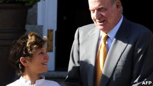 El Rey de España, Juan Carlos I, y el mayor de sus nietos, Froilán.