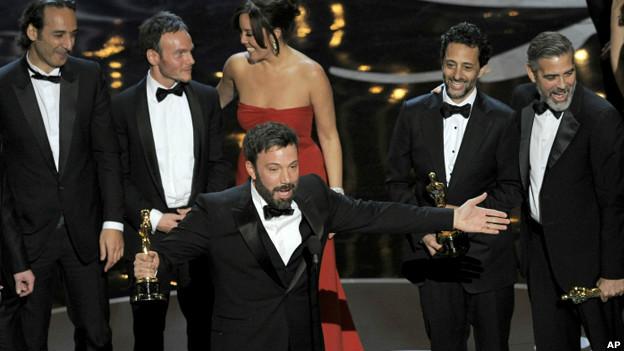 فرهنگ و هنر   -   BBC   فارسی   -   آرگو برنده اسکار بهترین فیلم شد