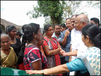 Indian delegation meeting refugees at Menik Farm camp (file photo)