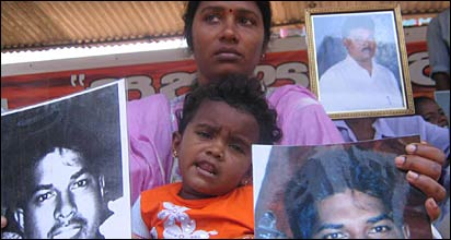 Relatives of the dissapeared protesting in Colombo