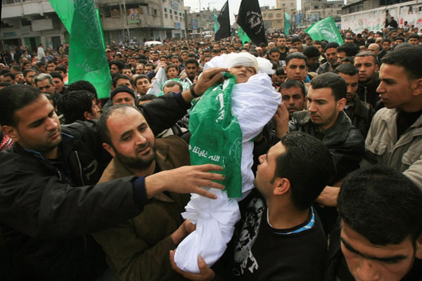 ممكن نفتكر مجازر اسرائيل بالصور لاطفال الجنه