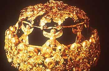 هنا سنأخذكم جوله حول تاريخ وحضاره للتعرف على آثار وادي الرافدين او سنسميه بـــــلاد الرافدين Mesopotamia_crown