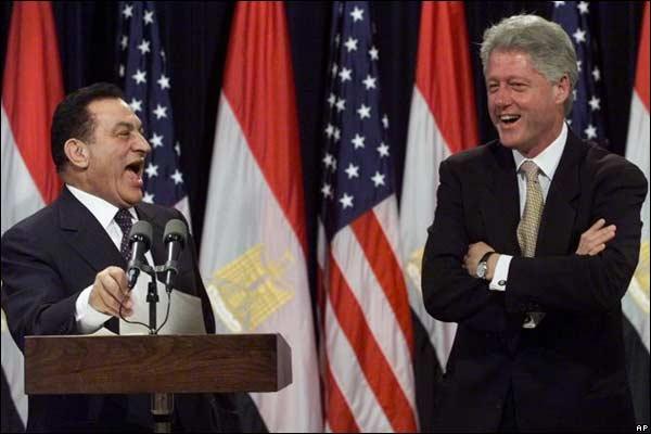 المرسي لم يقدر علي محاكمه شاويش فهل يستطيع عزل طنطاوي وعنان وجنرالات المجلس العسكري؟