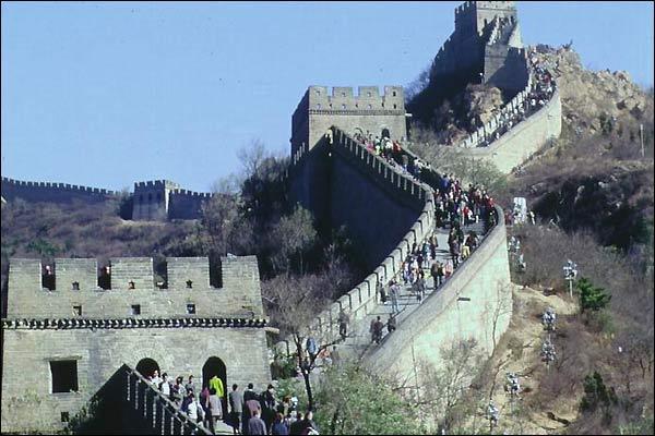 عجائب الدنيا السبع..... 68542_great_wall
