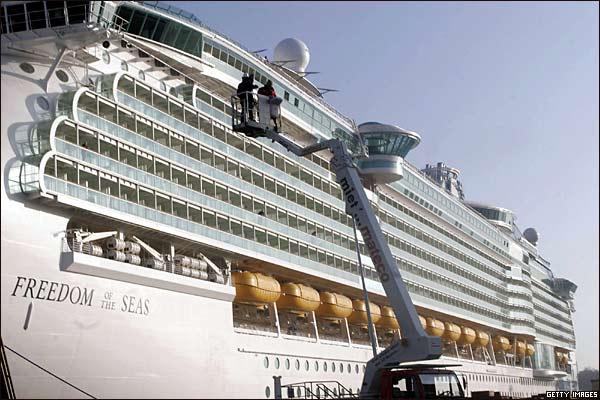 اجمل واكبر سفينة ركاب بالعالم 2014 , صور اكبر سفينه بالعالم 2014 291024_3.jpg