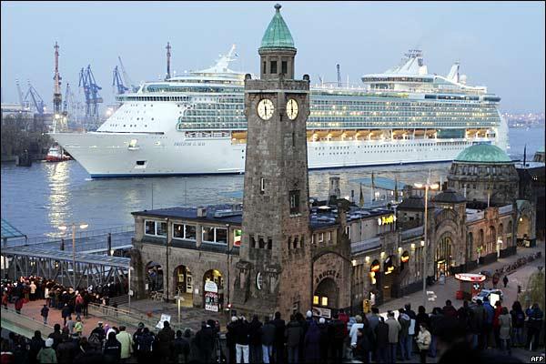 اجمل واكبر سفينة ركاب بالعالم 2014 , صور اكبر سفينه بالعالم 2014 29628_1.jpg