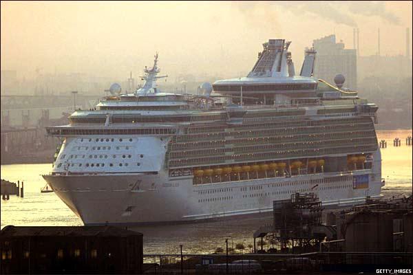 اجمل واكبر سفينة ركاب بالعالم 2014 , صور اكبر سفينه بالعالم 2014 29858_2.jpg