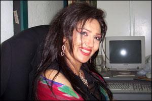 سن فتانه خواننده لس آنجلس BBC Persian