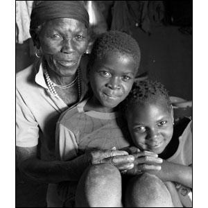 UNICEF/Mozambique/2004/ Giacomo Pirozzi