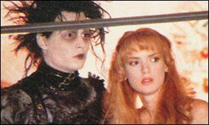 Winona em 'Edward...', com Johnny Depp