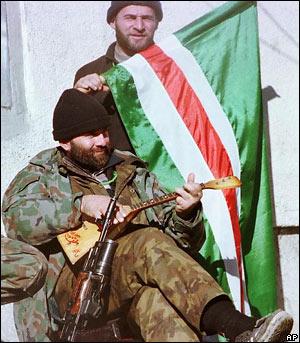 Чеченские боевики. Фото с сайта bbc.co.uk