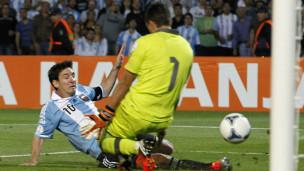 Bbc Hausa Wasanni Messi Ya Yabawa Magoya Bayansa Na Argentina