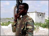 Combatente das milícias islâmicas na Somália