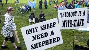 Слогани атеїстів