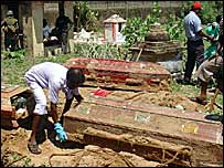 Bodies of the Muttur victims being exhumed