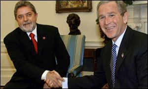 Lula e Bush em seu primeiro encontro no ano passado